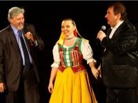 Norika s kandidátom na prezidenta Jožkom  Behýlom a Petrom Stašákom